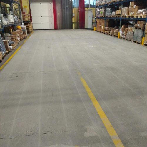 zywica-na-utwardzonym-powierzchniowo-betonie(14)