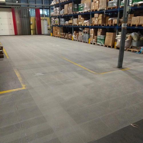 zywica-na-utwardzonym-powierzchniowo-betonie(15)